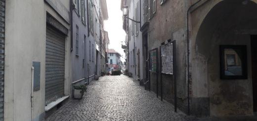 Carignano igienizza strade e piazze
