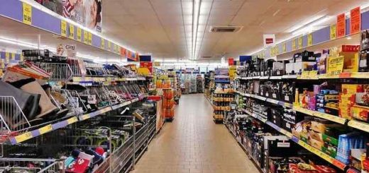Festa a casa supermercati chiusi