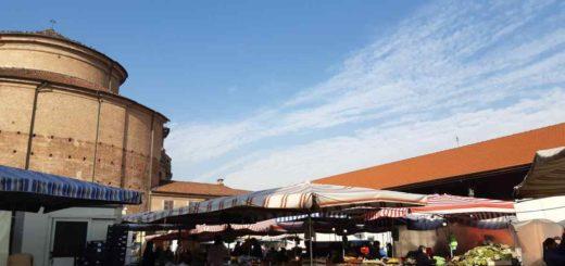 mercato del giovedì a carignano